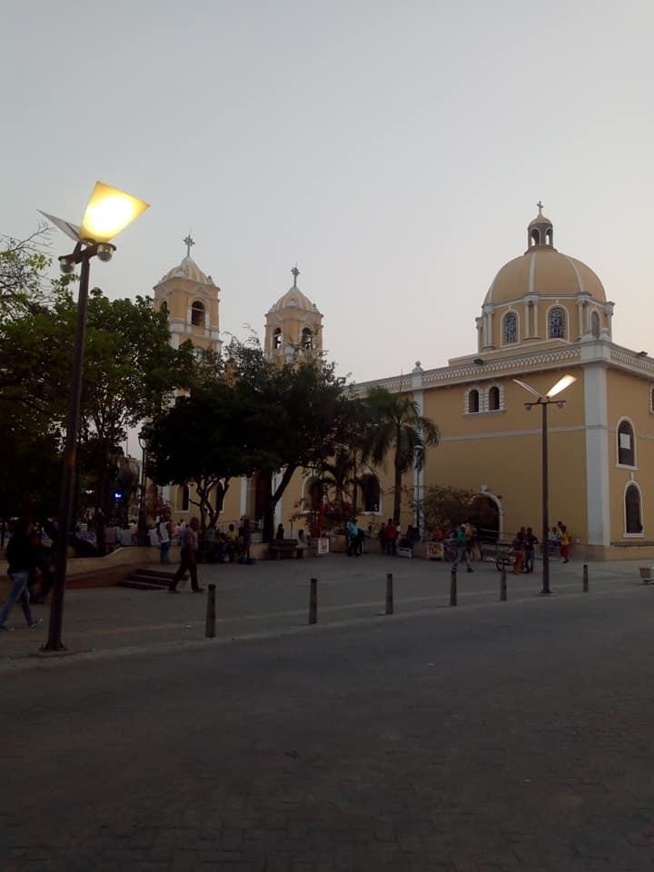 La ciudad de Sincelejo, con su catedral San Francisco de Asís, donde Vive Escalona